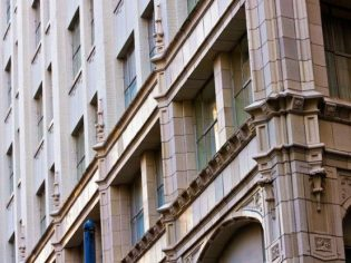 Exterior shot of Renaissance Pere Marquette Hotel following renovations by architectural consultant Pascal Architects in New Orleans, LA